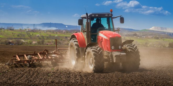 Be Safe This Harvest Season–Tractor Safety Tips