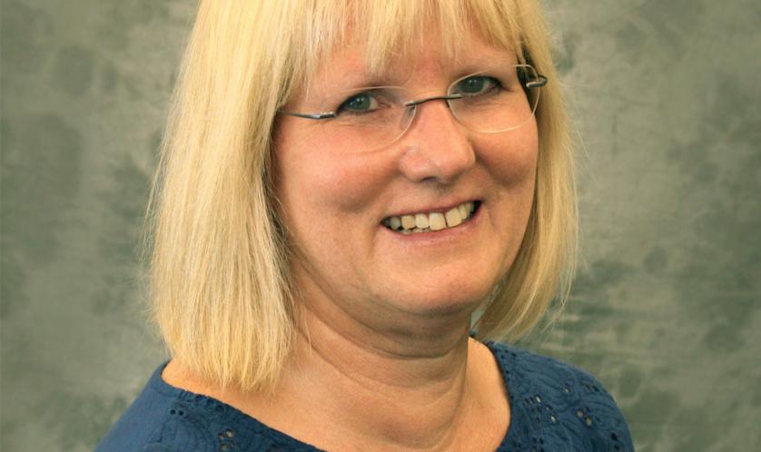 Loewenstein Wins National Award for Leadership in Environmental Education