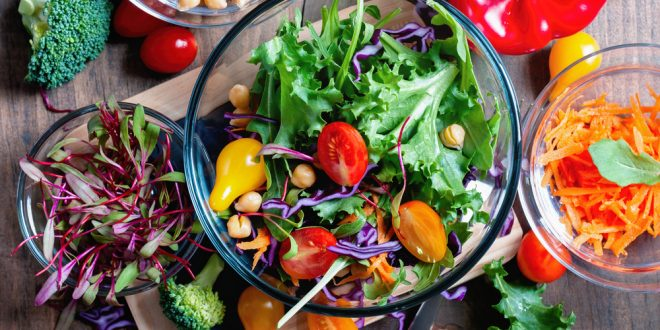 Keeping Calories Low in Salads